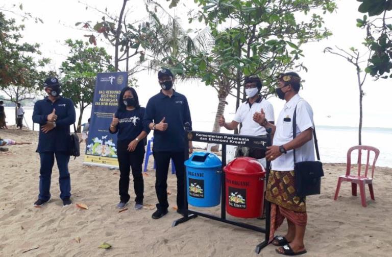 """Kemenparekraf Lengkapi Fasilitas Destinasi Wisata di Bali Melalui """"Bali Rebound""""*"""