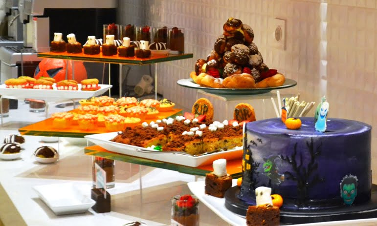 Rasakan Sensasi Halloween di HARRIS Hotel & Conventions Kelapa Gading