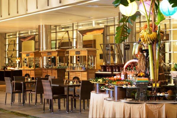 Hotel Santika Harapan Indah Bekasi Sajikan Kuliner Tradisional