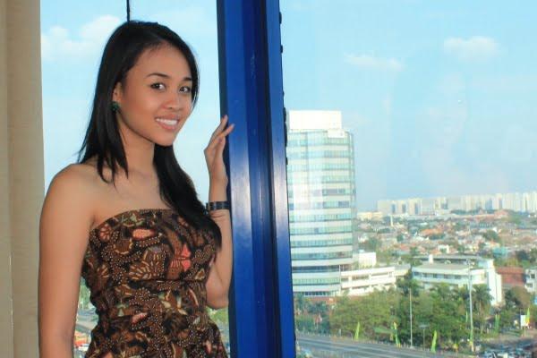 Cok Is, Putri  Indonesia Pariwisata 2013