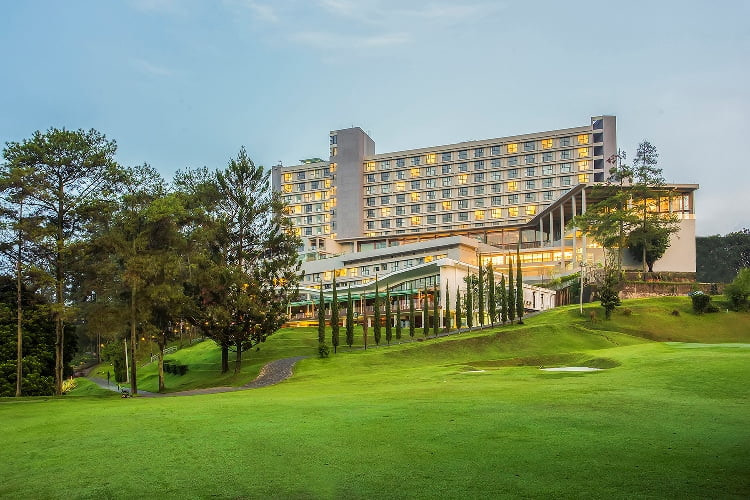 Stay & Swing Untuk Pecinta Golf di Swiss Belhotel Indonesia
